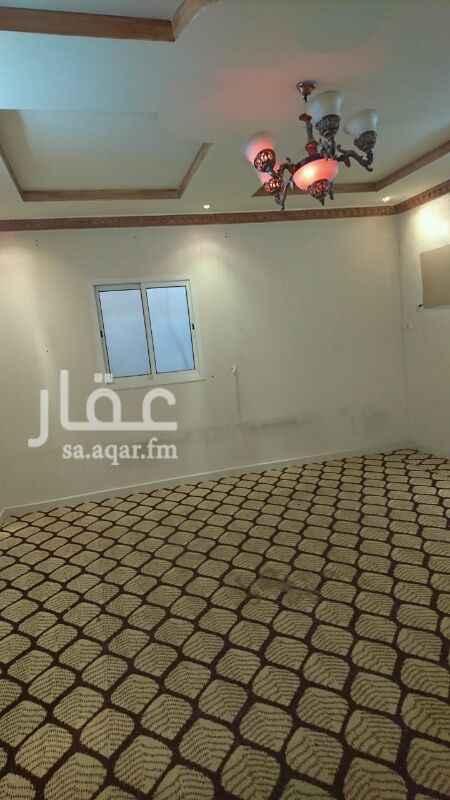 1348949 شقة عوائل 3غرف وصالة ومطبخ  راكب  مستخدم  نظيف  مع السطح  والكهرباء  مستقل