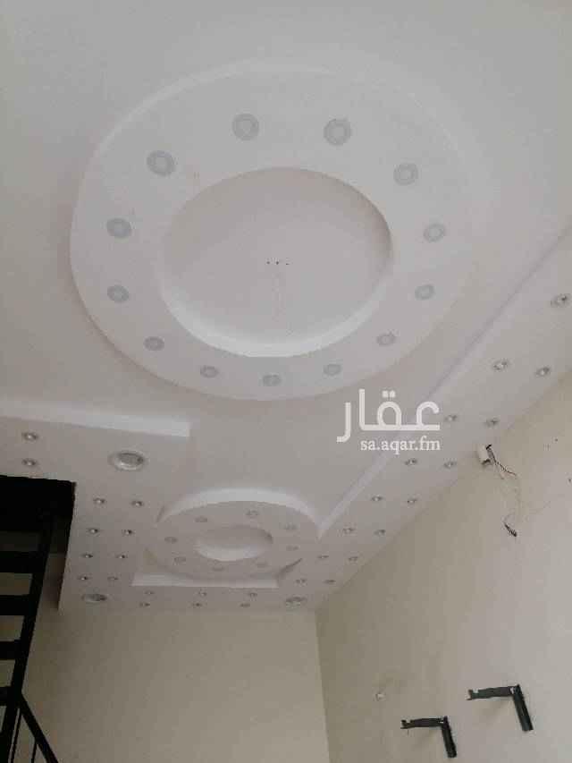 1515576 محل تجاري بجانب مسجد عيسى الهقص شارع الملك خالد محل +سكن بي 16000 بالسنه للاستفسار 0507774998