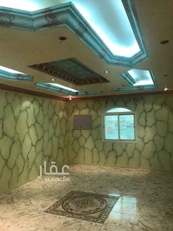 1584942 شقه للايجار مدخلين5 غرف وصاله و3 حمامات العنوان الشرايع مخطط (1).  * السعر:20000 /سنوي .  * عوائل فقط .  * 5 غرف  * 1 صاله .  * 3 دورة مياه .  * السعر:20000 /سنوي .