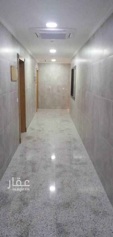 1586655 مكتب جديد مع المكيفات مطل على شارع الببسي