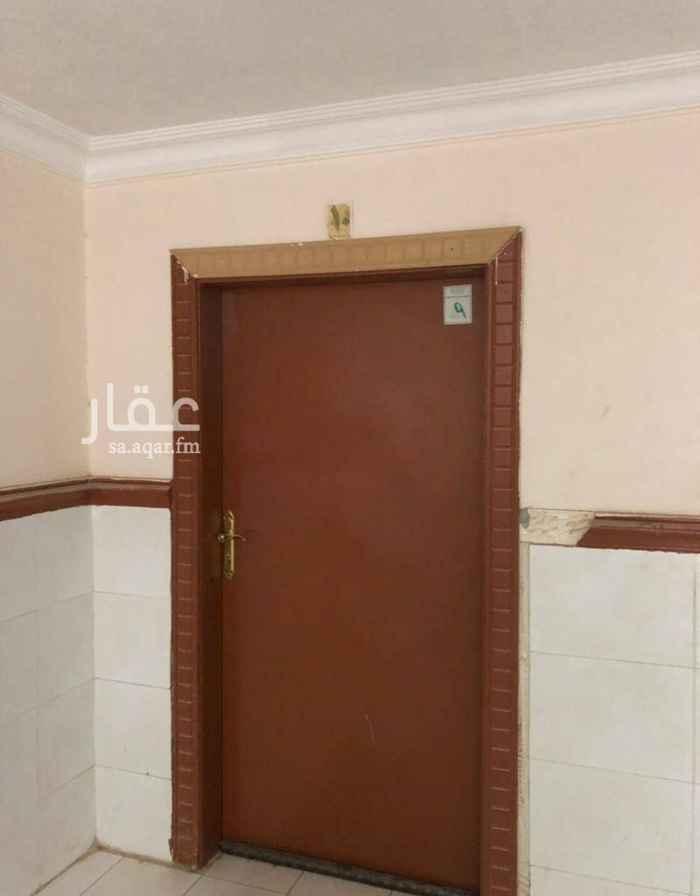 1630653 شقه  مجلس صاله  غرفتين نوم  مطبخ دورتين مياه   والعماره يوجد بها مصعد