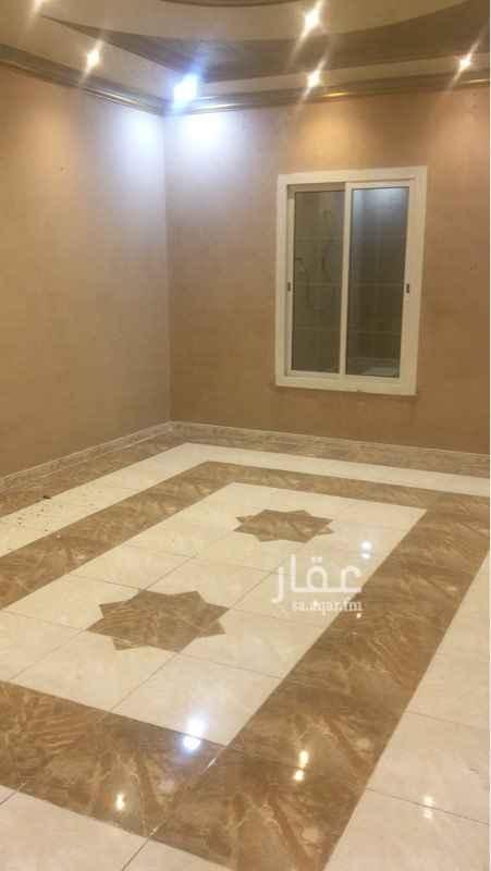 1243987 شقة فخمة للإيجار بحي الخالدية ٥ غرف  ٣ دورات مياه بدون صالة مطبخ ( نظام أمريكي )