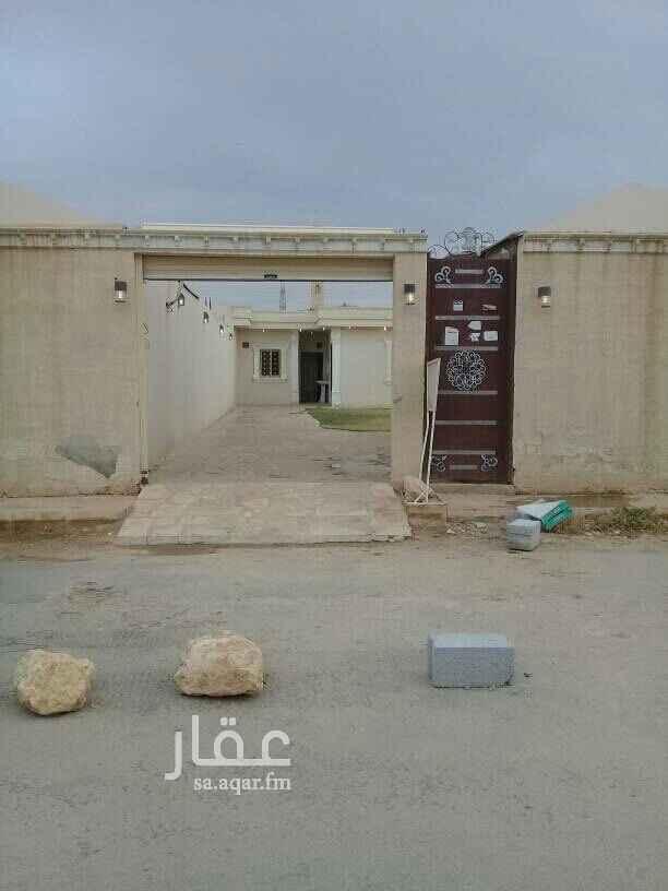1549797 استراحة للإيجار بحي الرمال بهآ مدخل سياره غرفه نوم وخيمة بمشب وحوش ومطبخ وحمام