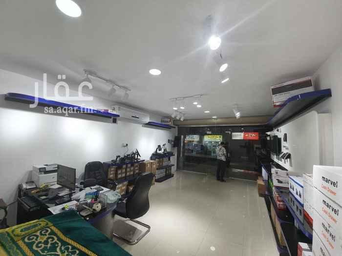 1588996 محل جديد في شارع خالد بن الوليد لتقبيل سعر الايجار 50000 وسعر التقبيل 60000