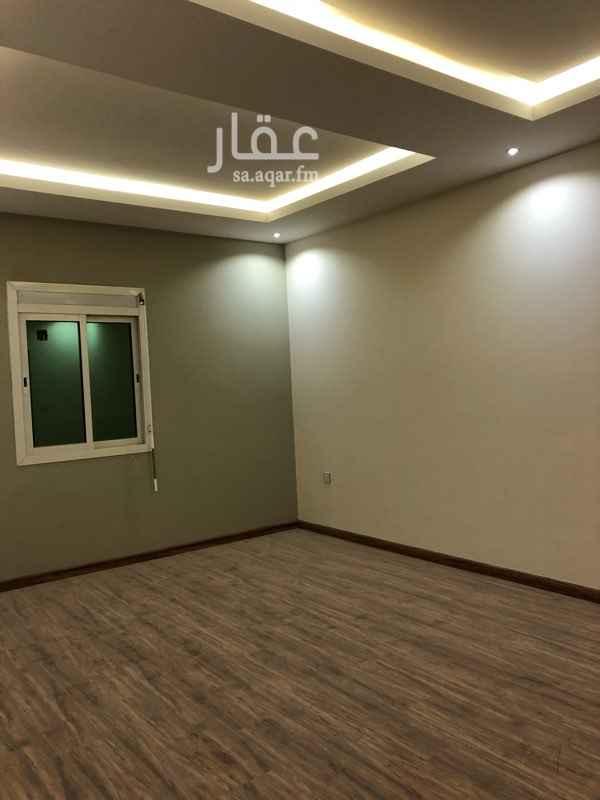 1226401 للبيع شقة بالدور الثاني مطلة  المساحة 138 م شارع ٣٦ م ٣ غرف نوم (ماستر وغرفتين نوم ) مكيفات ومطبخ جديدة