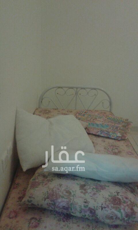 1505059 شقة مفروشة غرفتين وصالة وحمام ومطبخ علي نهاية شارع الطائف في زهرة لبن