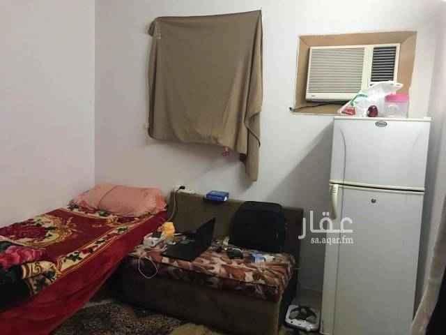 1677168 غرفه نوم واحده في شقه  بعمارة عوائل للايجار  الشقه غرفتين نوم وصاله ومطبخ وحمام مؤثثة