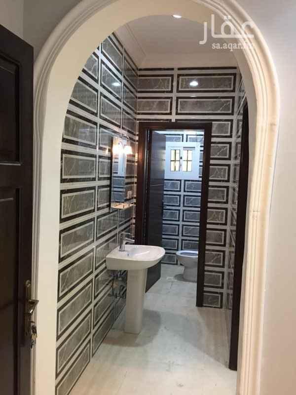 1684201 شقة جديدة للايجار بحي ابرق الرغامة مكونة من 3 غرف + مطبخ + صاله + 2 دورة مياه . المطلوب ( 18000 ) الف ريال .  جوال: 0538645000 * الشقة والعمارة جديدة .  * يوجد مصعد .  * عداد كهرباء مستقل . * ملاحظة ( للعرسان فقط )