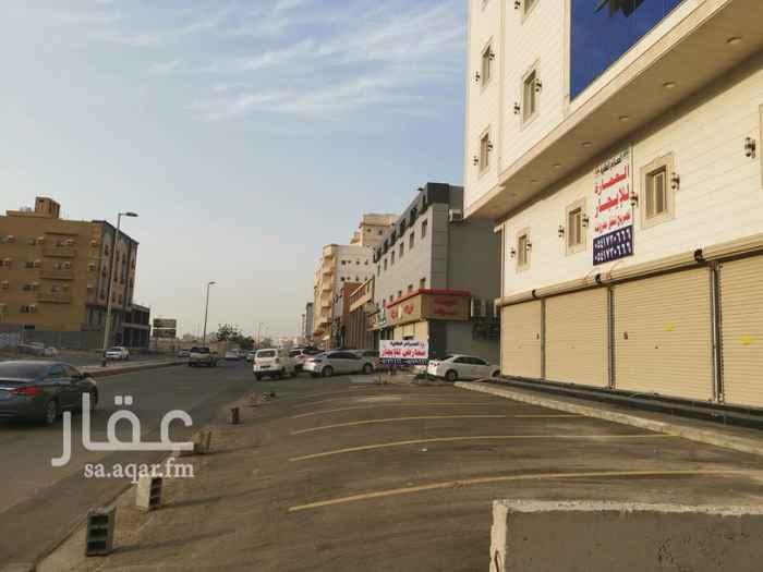 1387628 محلات تجارية جديدة للايجار بشارع عامر بن ابي ربيعة في مخطط الحرمين 1  عدد 5 محلات دورين مساحة الدور 9ف4,5  الايجار السنوي لكل محل  /50,000 الف ر.س