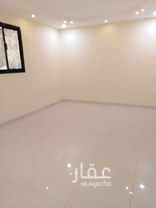 1052021 شقه غرفتين وصاله وحمام ومطبخ مجدده بلكامل عوائل نضيفه جدا