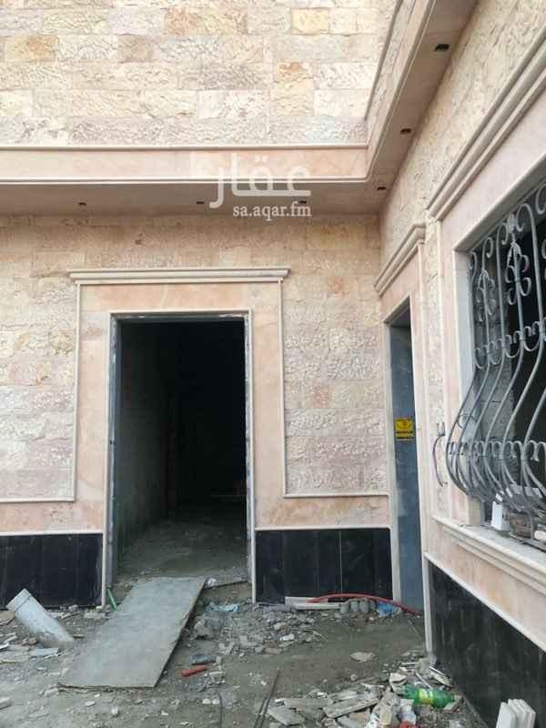 1385808 للبيع دور ارضي جديد في الرياض حي السحاب مكون من 7 غرف وصاله ومشب مساحة 450 شارعين  شغل شخصي        سعود:0538881613