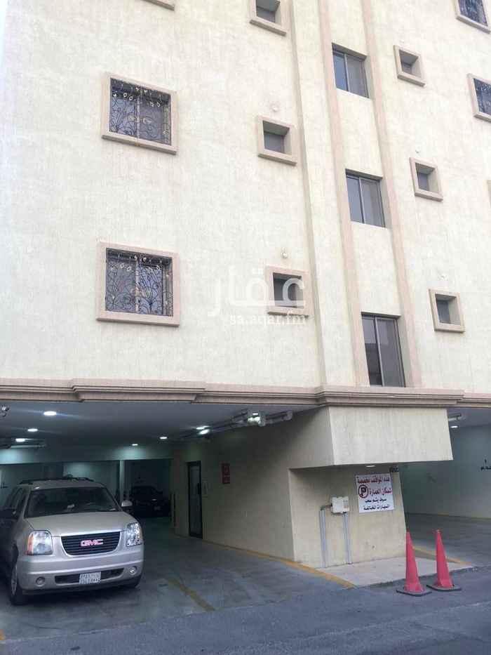 1585183 مساحة مخصصة لإسطوانات الغاز بالطابق الأرضي ومجهزة التمديدات  المواقف مزودة بكاميرات أمنية  الشقة مكيفة عدد ٤ مكيفات