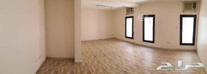 1619228 عمارة نظيفة مجددة بالكامل بحي العليا بالقرب لمدينة الملك فهد ومستشفى التخصصي وبوسط الرياض بها شقق عوائل عبارة عن:  2غرف نوم كبيرة، صالة، مجلس كبير، مطبخ، 2حمام  المميزات: *مكيفات راكبة *مطابخ جديدة راكبة *منزل صحي تصل الشمس لكل نوافذ الشقة *نوافذ كبيرة ومطلة *اول ساكن بعد التجديد *مساحات واسعة *حي راقي وهادئ *مواقف خارجية *كاميرات مراقبة *انترنت الياف بصرية و ELIFE *قريب للجهات الحكومية الخدمية والصحية *قريب للمراكز التجارية والبراندات المشهورة *بجانبها مطاعم وكافيهات