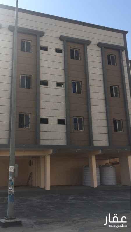 341717 عماره جديده يوجد بها 19 شقه مكونه من ثلاث غرف وصاله ويوجد غرفتين وصاله تشطيب فاخر اسقف جبسيه ويوجد بها مصعد