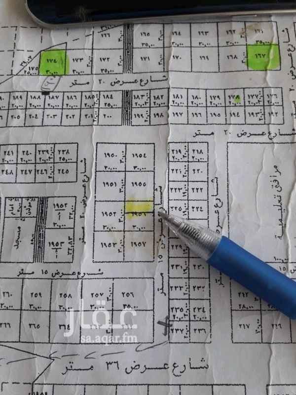 1361487 البيع قطعه ارض في القيروان  مساحة 375م  شارع 15شرقيه   الأطول 12.5عمق 30 البيع 2200ع شوار  العرض مع المباشر