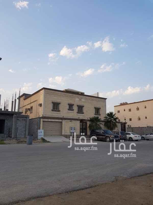 1748212 شقة ملحق للإيجار بضاحية الملك فهد  الحي 12/7  ثلاث غرف وصالة ومطبخ ودورتين مياه