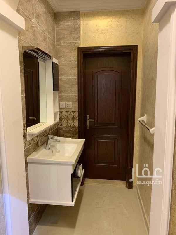 1701702 6 غرف صالة مطبخ 3 دورات مياة  غرفة غسيل  مقابل العمارة مسجد