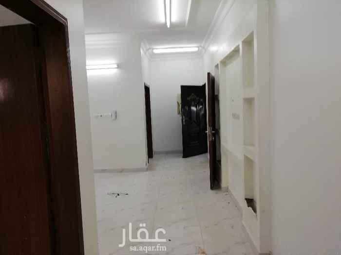 1388859 شقة للايجار ثلاث غرف وصالة دور ثاني كهرب مشترك حي المعيزيلة شارع قابوس خلف قاعة المخملية السعر 1250 ريال في الشهر أو 14000 ريال دفعتين