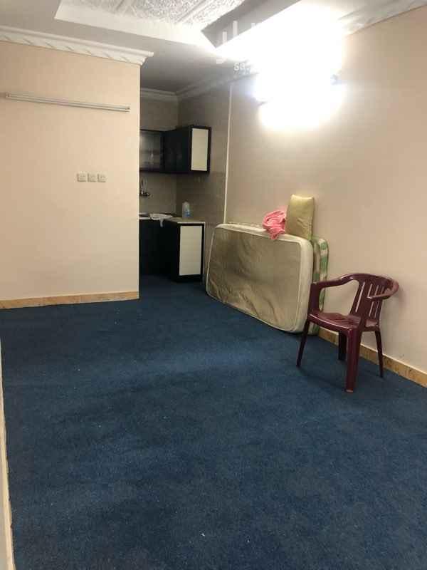 1734623 غرفة بالمطبخ بالحمام بالمكيف جاهزه      ملاحظة:- طالب جامعي او سواق