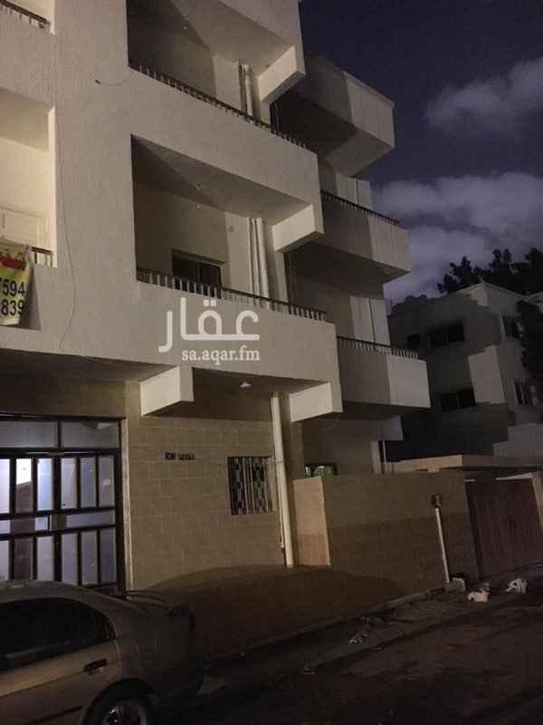 1321057 شقة للإيجار بحي العزيزيه .. 4 غرف + حمامين + مطبخ    للتواصل :  ٠٥٥٧٧١١٢٩٧