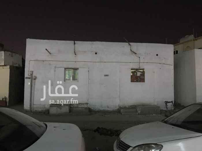 1626540 البيت امام مجمع العرب غرف مقسمه بمنافعها البيت للايجار كامل لشركة او موسسة الدفع شهري او على دفع للاستفسار الاتصال على الرقم  0541481646