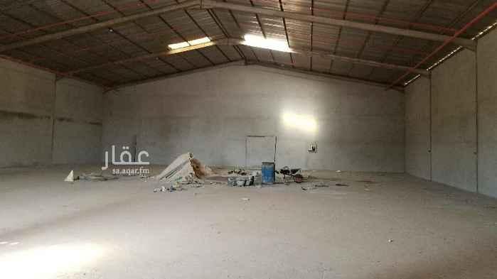 1733670 مستودع للايجار نظيف قريب من شارع ابو عبيده ابن الجراح