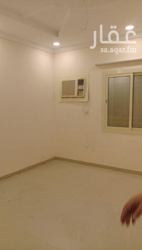 1491860 شقه اجار في المروه مكونه من 4 غرف و3 حمامات امكانية الدفع كل 6 اشهر 22 الف او الدفع سنه كامل 18 الف.
