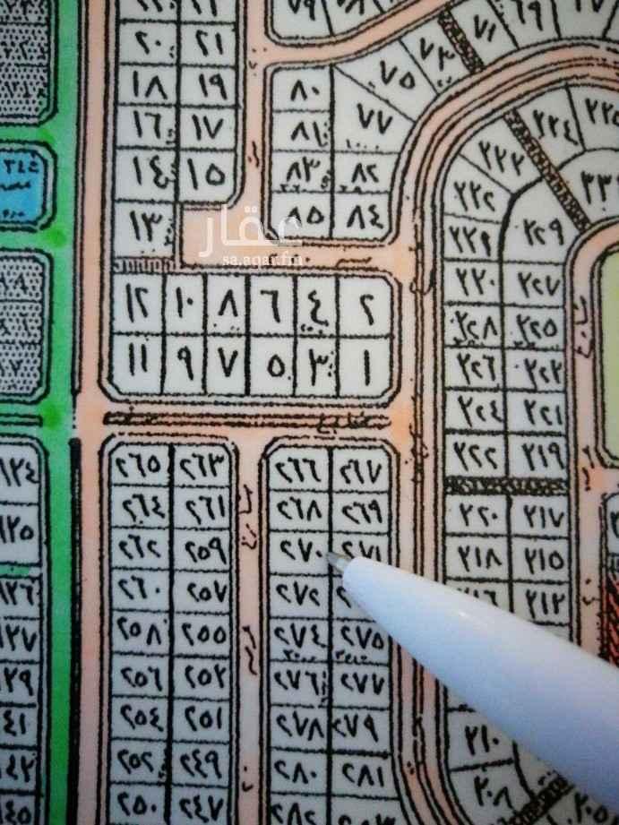 1806108 للبيع  ارض بمخطط ٢٠٩ /٢  حي المرجان بعزيزيه  رقم ٢٧٠ / ب  المساحة ٨٧٥ متر  شارع ٢٠ جنوب  السعر ٣٢٥ الف  مباشر  للإستفسار  ابوحسن الخالدي   ٠٥٤٢٧٧٦٧٧٦