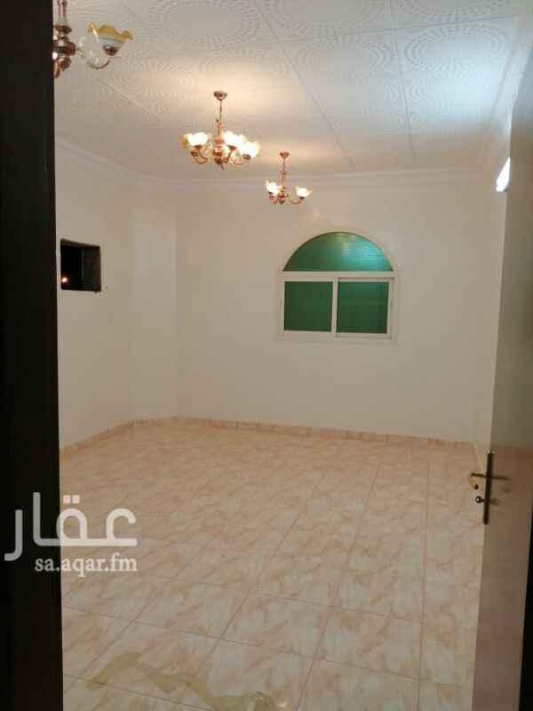 1801675 شقه 4غرف بدون صاله دور ثاني بحي الخليج شرق شارع ابن الهيثم خلف مسجد الخير السعر 19الف