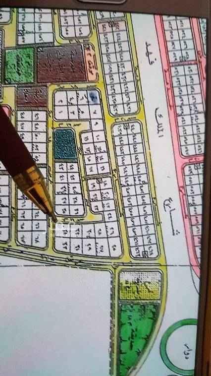 1579533 للبيع ارض في مخطط ٢٩٤ ب   المساحه الاجماليه ١٥٠٠متر  مطلوب ٩٢٠ريال للمتر  موقع ممتاز قريب من البحيره