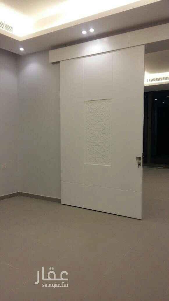 1632796 فيلا مساحة 250  درج داخلي تحت استقبال  الدور الثاني 4 غرف نوم