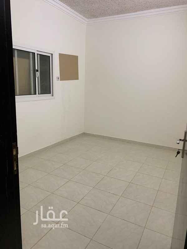 1750212 شقة عوائل مدخلين كهرباء منفصل مكونة من ثلاث غرف وصاله ومطبخ للايجار ١٠٠٠ ريال شهرياً  للتواصل واتس اب