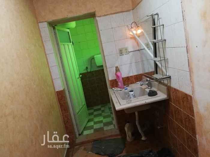1692824 ملحق غرفة وصالة بحي الزهور  الكهرباء والماء مجانا  للتواصل  مشاريع المدينة واتساب فقط ابو سلطان 0543642744