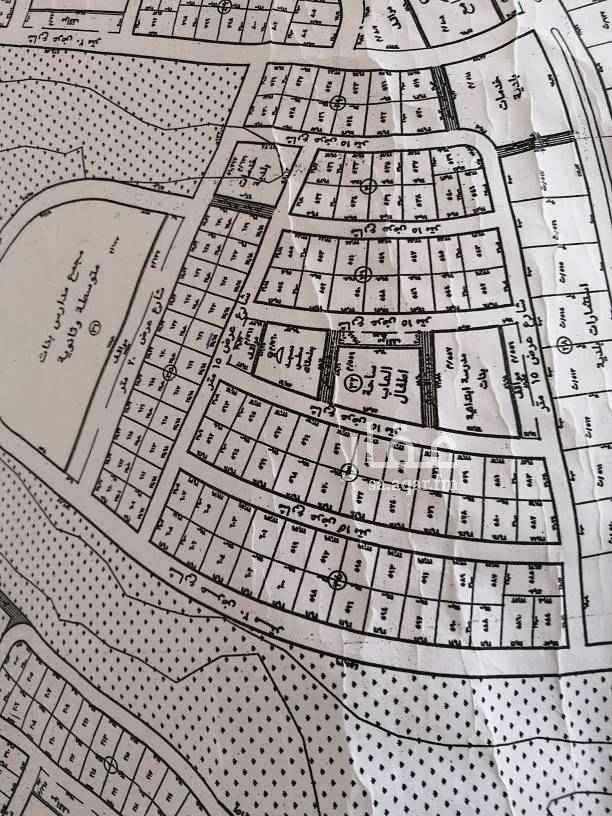 1688863 للبيع في الدرعية المخطط ١١٨ ارضين متظاهرتين شمال جنوب قرب مرافق تعليمية وحديقة ومسجد فرصة للمستثمر او من أراد السكن مستقبلا
