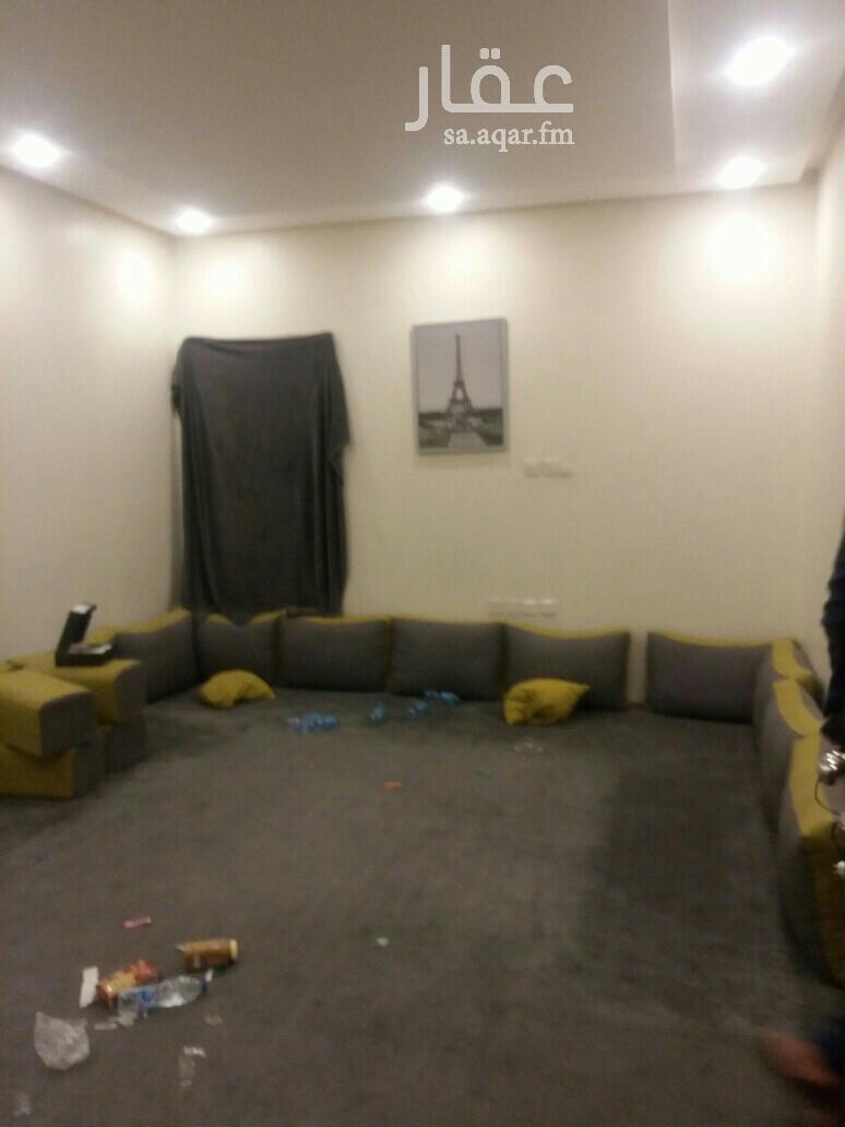 1824449 شقه عوايل غرف وحمام ومطبخ وسطح خاص السعر13000