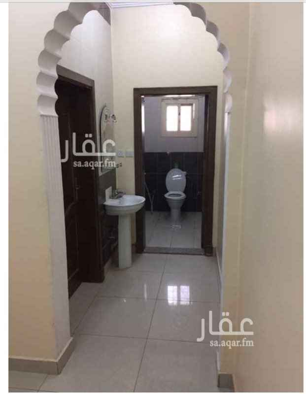 1677585 شقة بحي المنتزة ( الاجواد سابقا) مكونة من ٤ غرف ودورتين مياة وصالة . ١٦ الف دفعتين وامكانية ٣ دفعات وشكرا شامل الكهرباء والماء