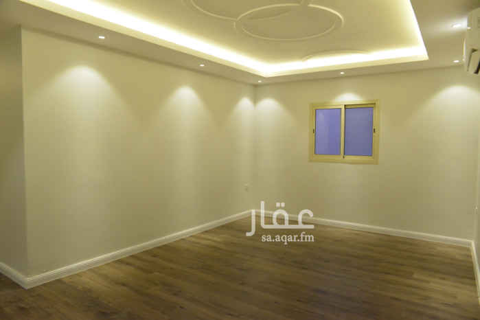 1581792 شقة مميزه وجديدة  المطبخ راكب جديد مكيفات سبلت  الموقع ممتاز وقريب من جميع الخدمات