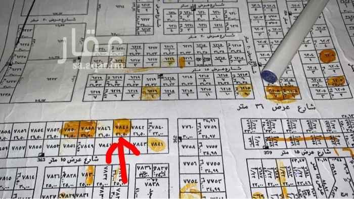 """1703698 أرض تجارية سكنية في حي النرجس الكيلو الثالث الغربي  مساحتها 742م شارعها ٣٦، قريبة جداً من مخطط الضحيان وطريق أبو بكر، رقم القطعة 7844، طبيعة الأرض جبلية، """"متوفر صورة لها"""" وموقعها في حال الجدية في الشراء.   الحد 2400 ريال للمتر"""