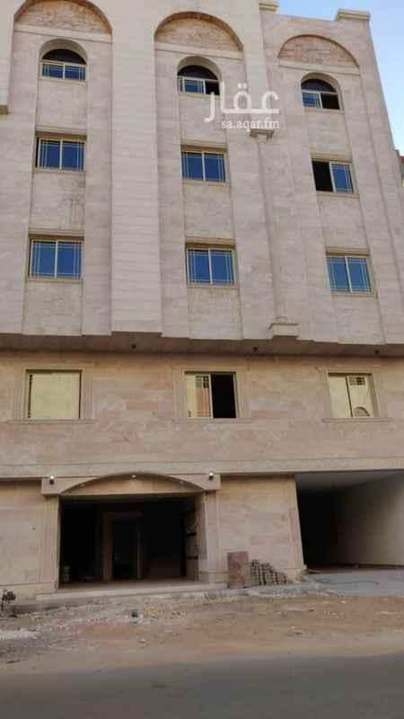 1699674 للبيع عمارة سكنية جديدة في السليمانية شمال جامع الجهيمي. المساحة ٥١١م تتكون من ٩ شقق. الشقة تتكون من ٤ غرف وصالة ومطبخ و3 دورات مياه.  دور أرضي مواقف سيارات المطلوب ٣ مليون ونص نهائي.