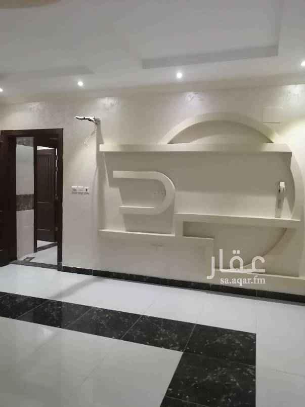 1557455 تتكون من ٧ غرف +5 حمامات +غرفة سائق +موقف خاص +خزان مستقل + غرفة شغاله المساحه ٢٥٠ السعر ٩٠٠٠٠٠ الف جوال ٠٥٥٠٥١٦٣٢٣