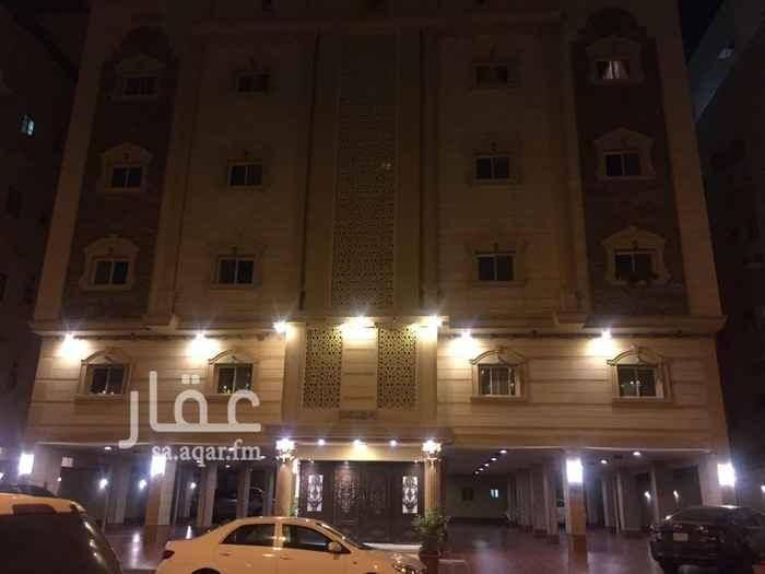 1642294 غرفة خادمة + غرفة سائق + مدخلين  للتواصل / أبوعبدالعزيز.          ٠٥٦٦٦٣٠١١٨