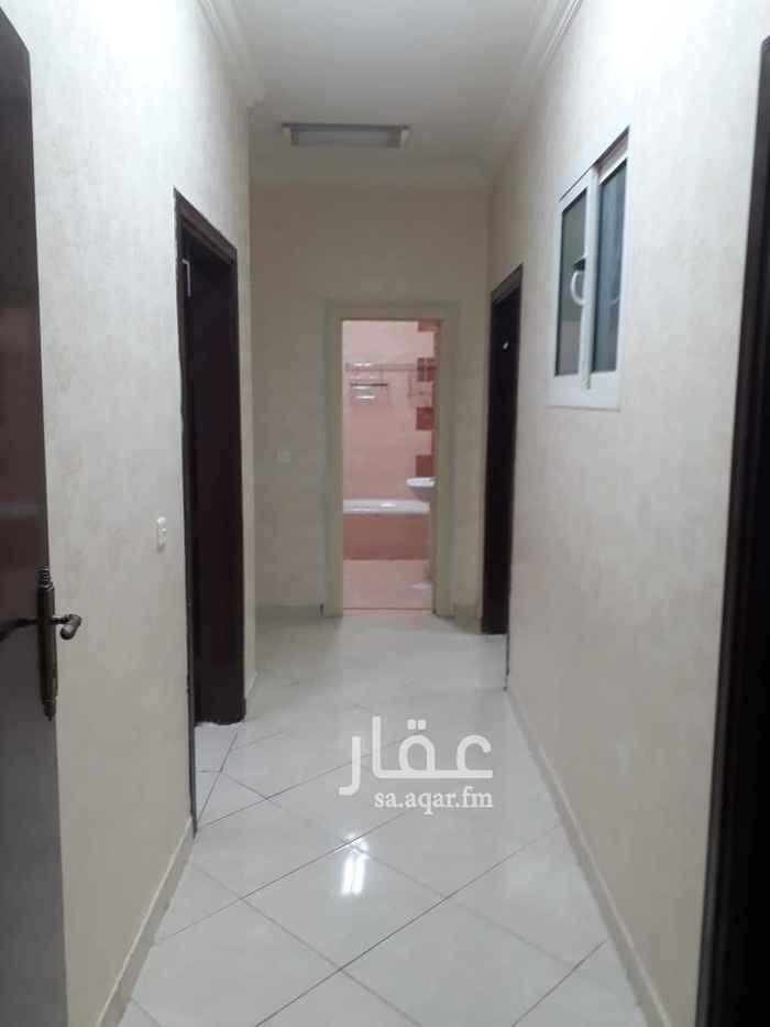 1752795 شقة للبيع اربع غرف وصالة وثلاث دورات مياه الدور الثاني