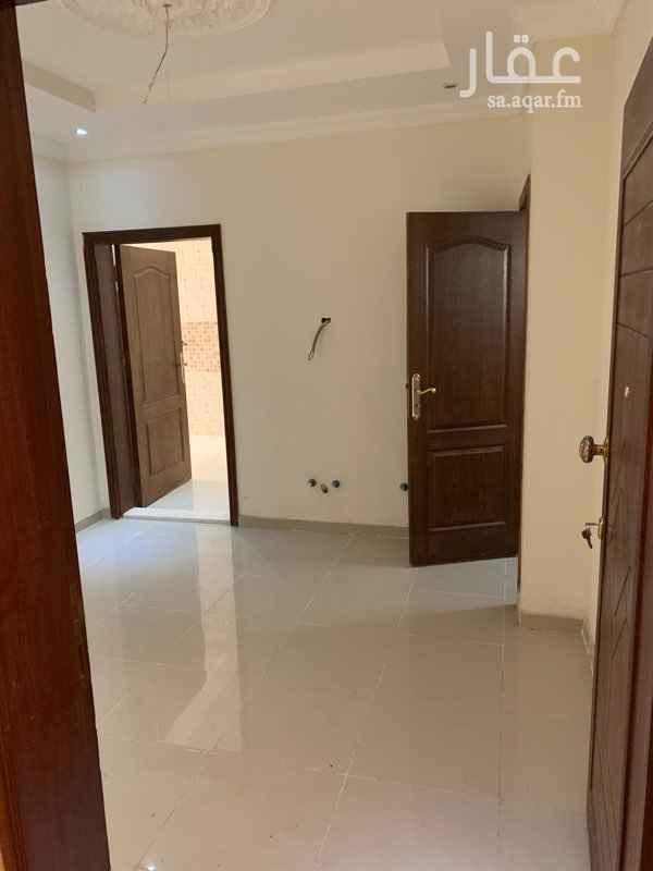 1526113 شقة جديدة ثلاث غرف وصاله وثلاث دورات مياة  الافراغ فوري من المالك مباشرة السعر قابل للتفاوض