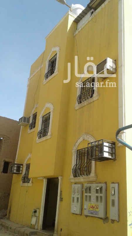 1350882 للبيع عمارة 6 شقق كل شقة مكونة من غرفتين و 2 حمام ومطبخ  المساحة 123 متر الدخل 42 ألف الحد 360 ألف
