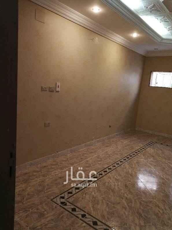 1447534 شقة  في حي التوفيق مقابل ربوة التوفيق   دور ارضي خمس غرف  و صالة و حمامين   و مطبخ