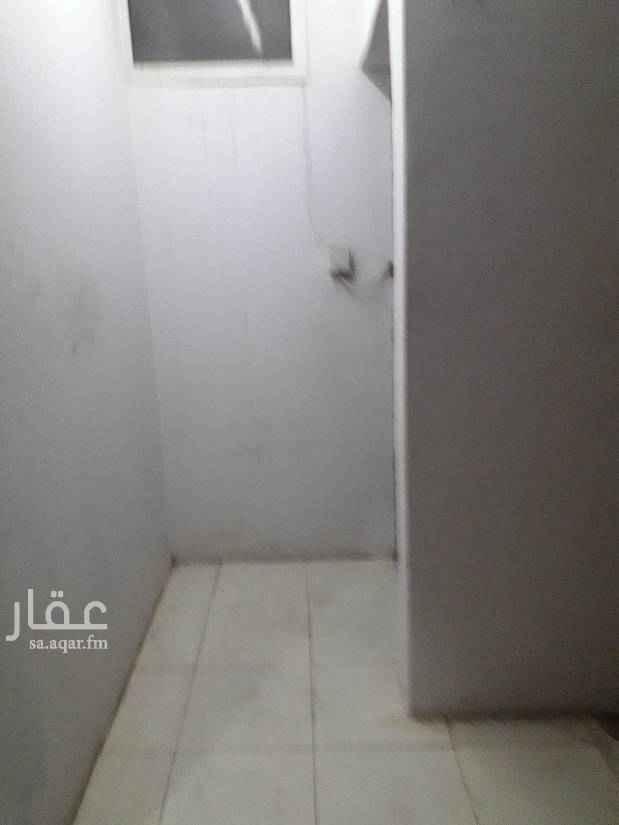 1789738 غرفه دورة  مياه  ومطبخ في حي القدسيه