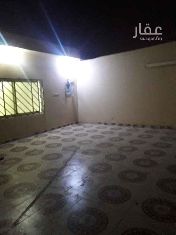 1812081 استراحه للايجار مجلس غرفتين نوم مطبخ دورت مياه  حوش  في حي القدسيه