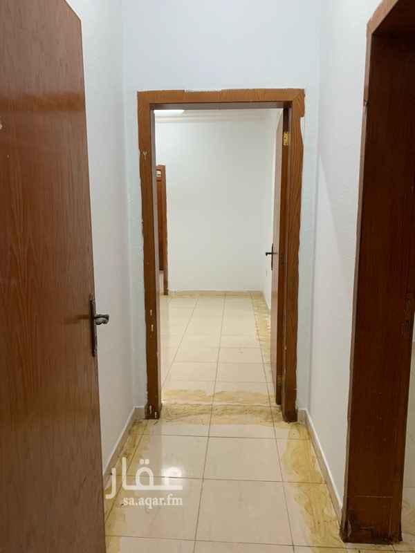 1660753 شقة دور ارضي غرفتين وصالة وحمامين ومطبخ وحوش  ملاحظة: يفضل التواصل عبر الواتساب