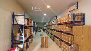 1688450 مستودعات طبية للإيجار مستحضرات تجميل وأجهزة ومعدات طبية