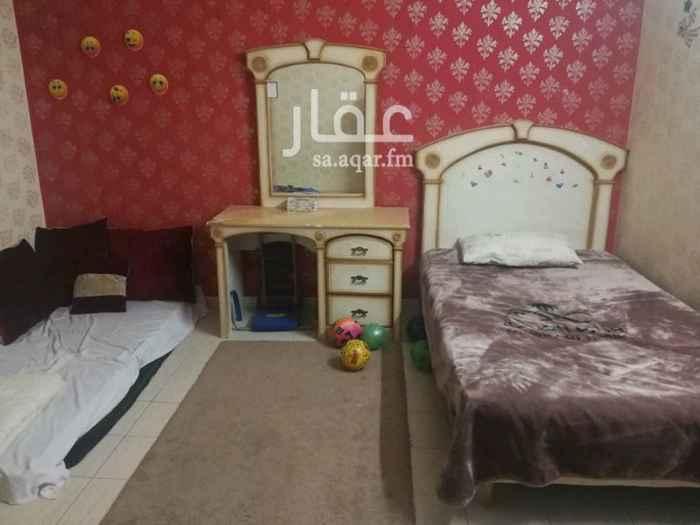 1328873 الغرفة مثل الصورة مفروشة والحمام مشترك والمطبخ أيضاً والصالة كبيرة ومفروشة فرش عائلي والدفع كل ستة اشهر